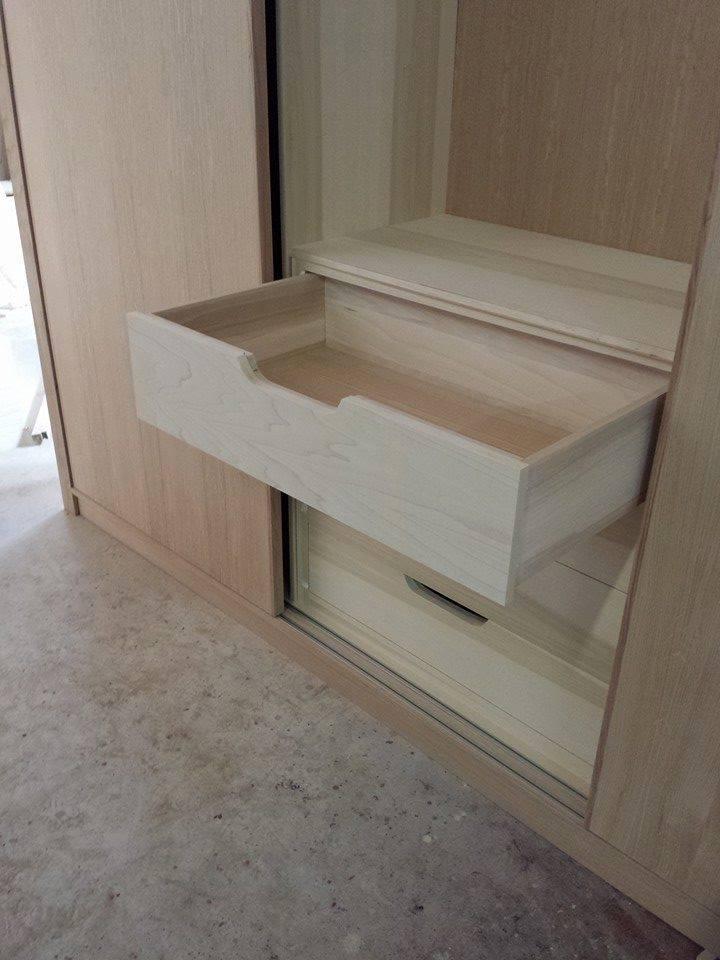 Armadi su misura artigianali|Armadi in legno|legnoeoltre
