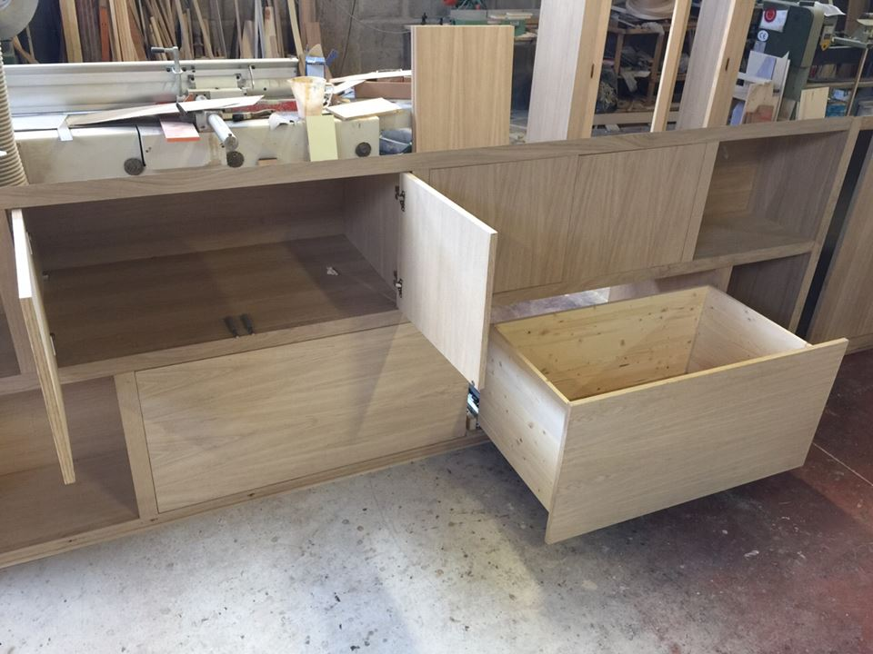 Costruzione mobili moderni per mansarda 5