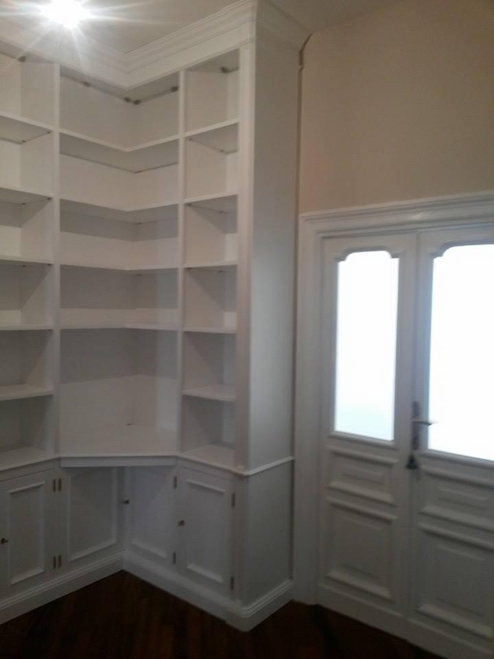 Libreria ad angolo|Libreria bianca|legnoeoltre