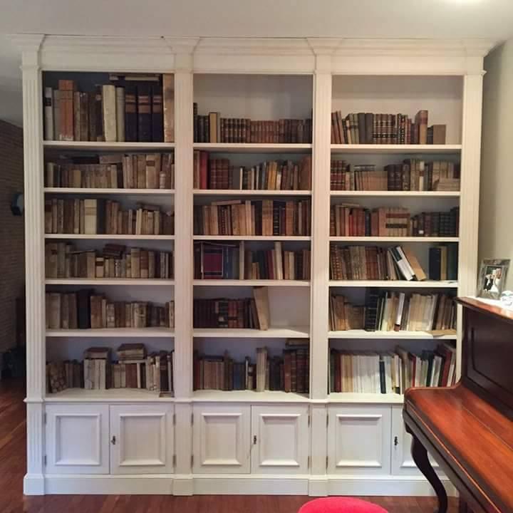 Prezzo Libreria Su Misura.Librerie In Legno Su Misura Librerie Artigianali Legnoeoltre