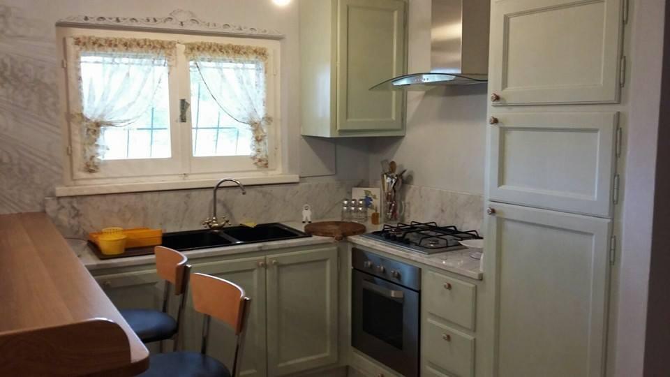 cucina laccata legnoeoltre