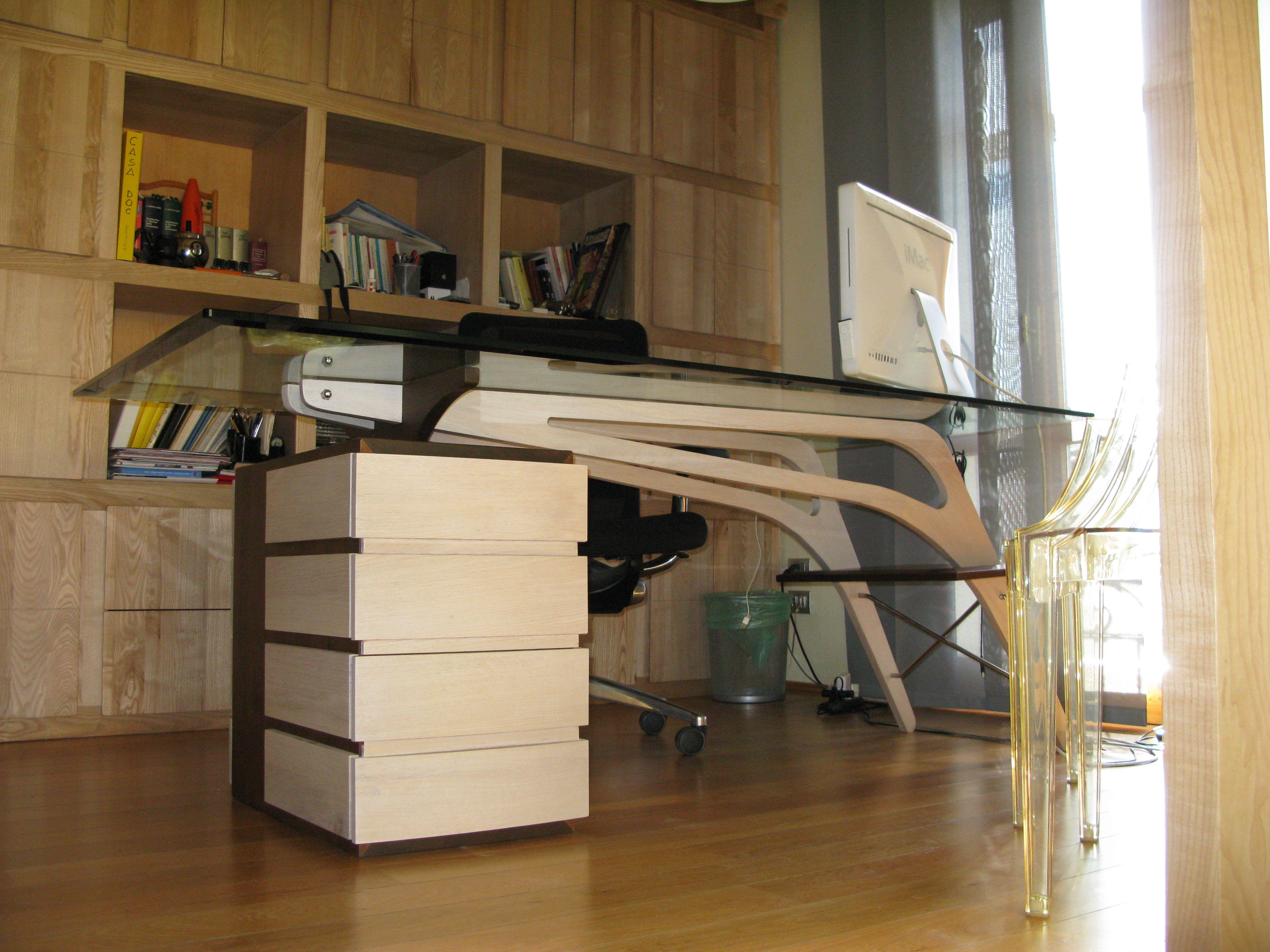 Scrivania libreria studio arredamento studio legnoeoltre for Mobile scrivania libreria