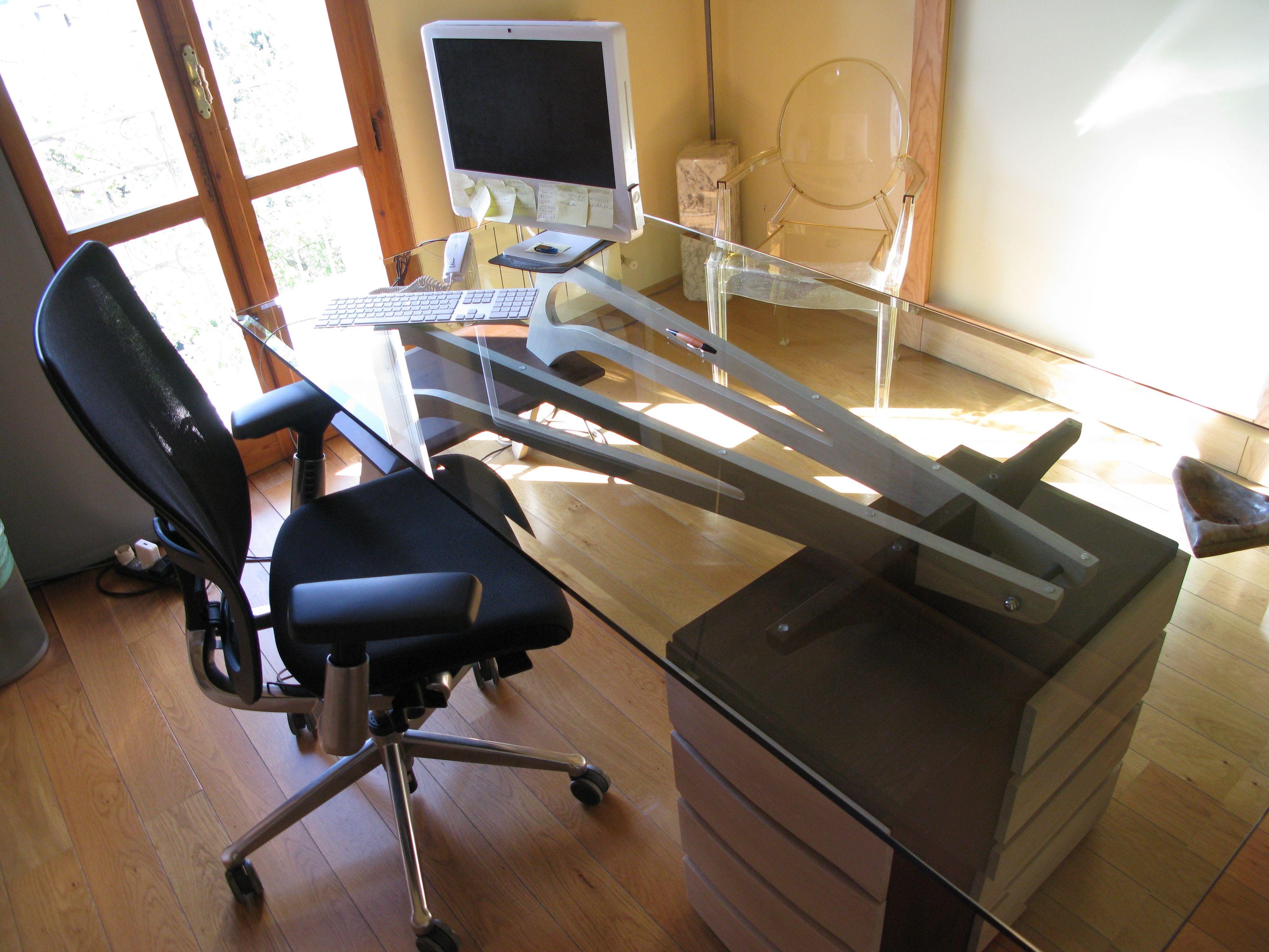 scrivania piano in vetro legnoeoltre