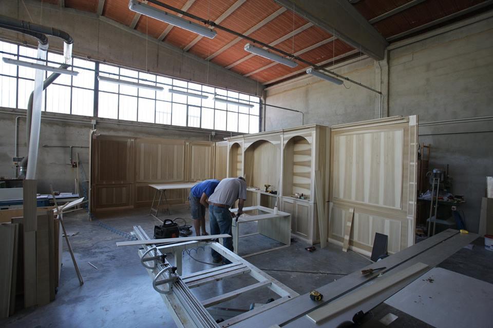 lavorazione boiserie legnoeoltre