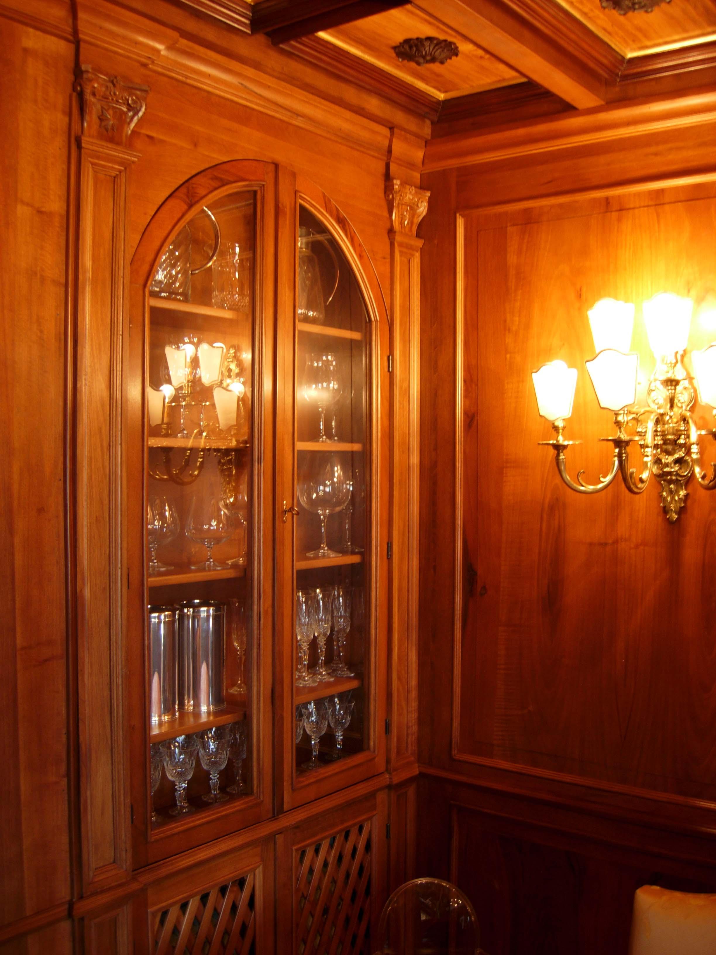 Sala da pranzo sala da pranzo in noce nazionale legnoeoltre for Sala da pranzo versace
