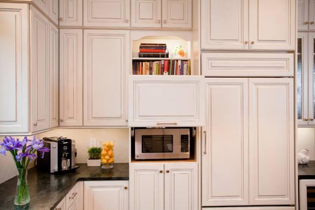 cucina-bianca-su-misura-4