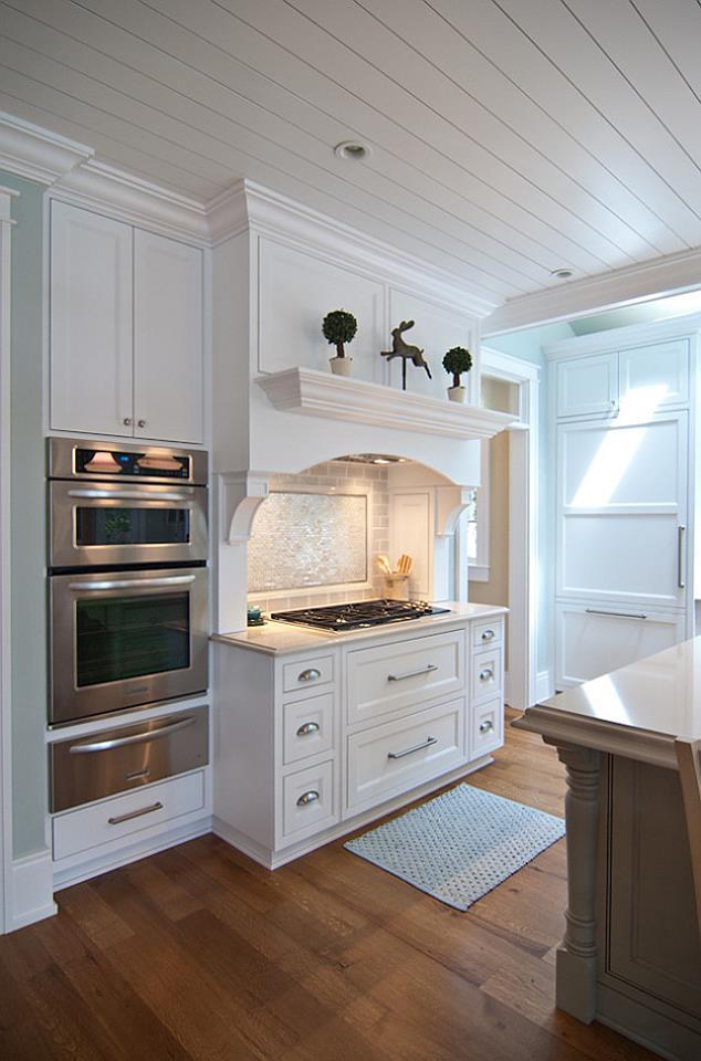 Cucina su misura bianca legnoeoltre