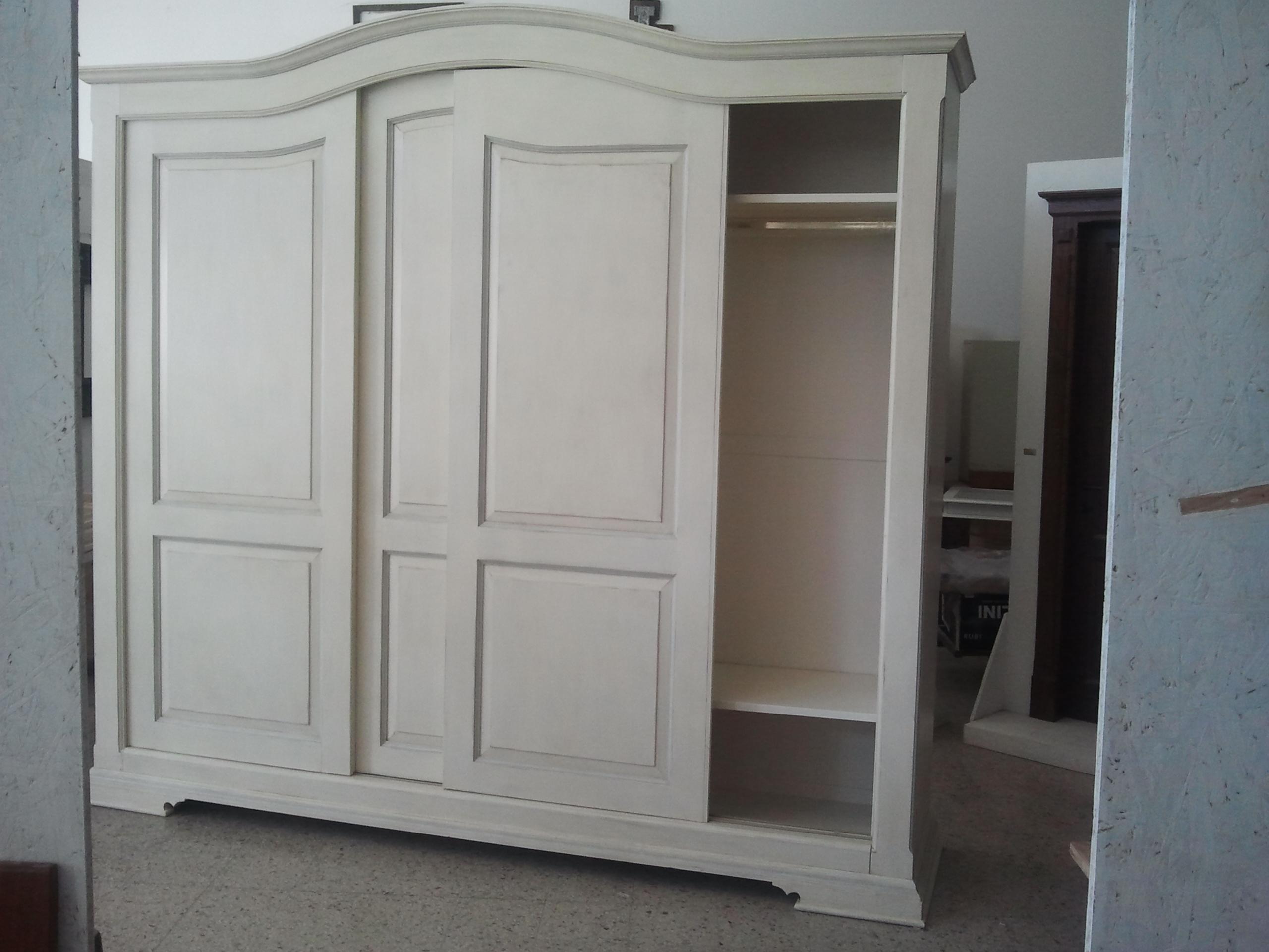 Armadio in stile provenzale|armadio su misura|legnoeoltre