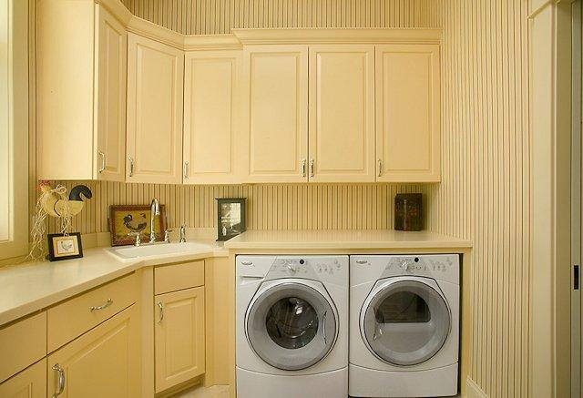 lavanderia-attrezzata-su-misura-14