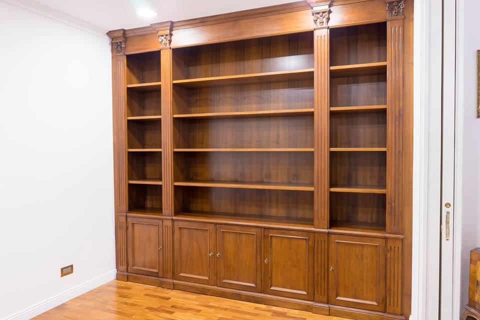 libreria-in-noce-legnoeoltre2