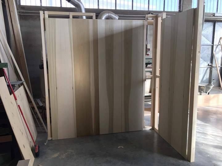 Cabina armadio con pareti di accesso cabina armadio for Affitti di cabina iowa lansing ia