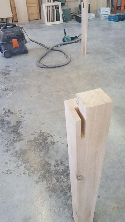 Gamba tavolo con incastri legnoeoltre