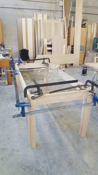 Montaggio base tavolo legnoeoltre
