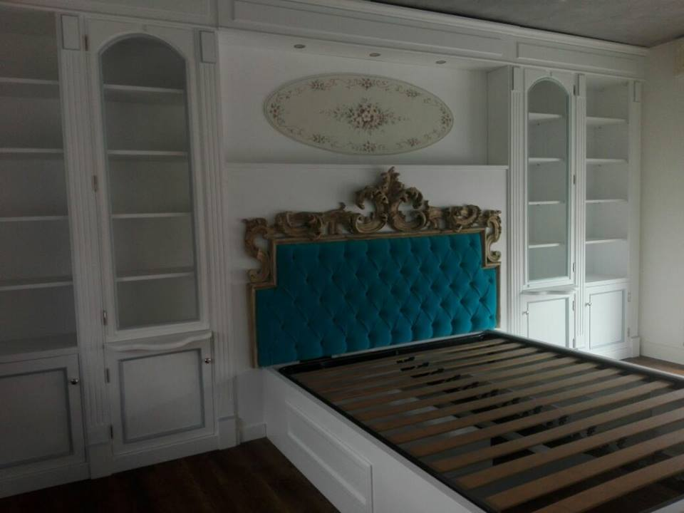 Boiserie con letto legnoeoltre