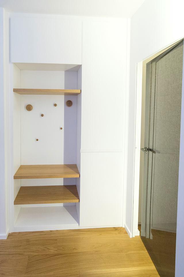 Particolari armadio ingresso