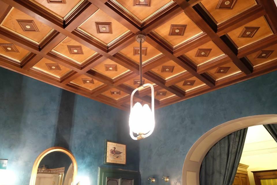 Mattonelle in legno per soffitto a cassettoni