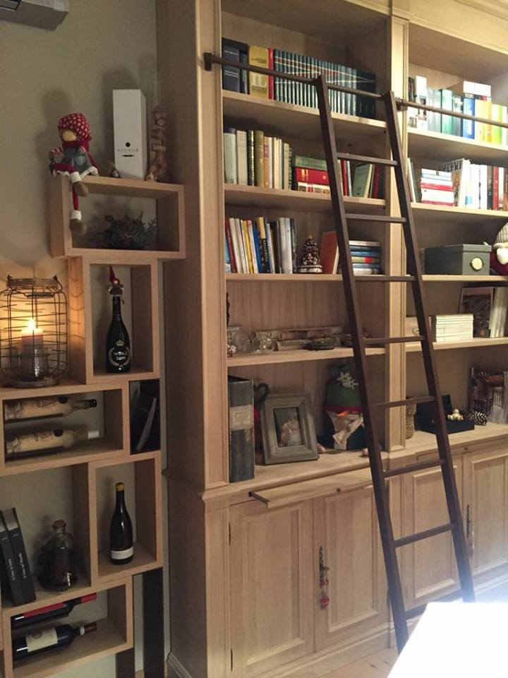 Interesting particolari libreria vineria with librerie for Librerie a basso costo