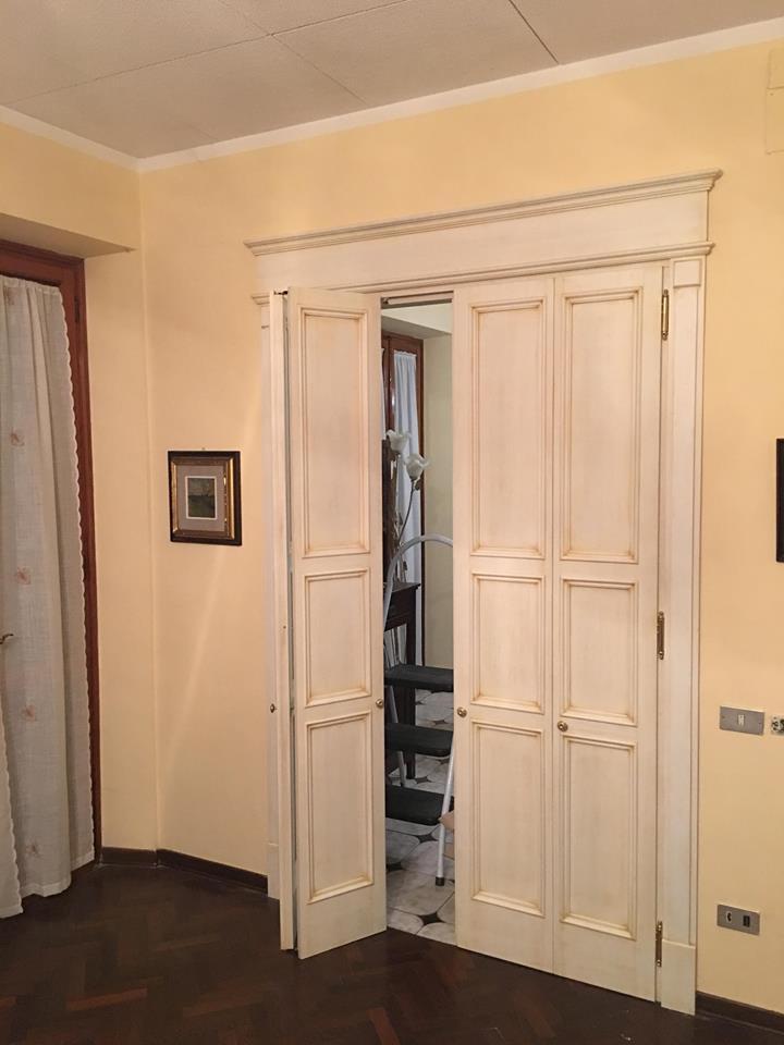 Porte su misura porte in legno artigianali legnoeoltre - Porta a libro su misura ...