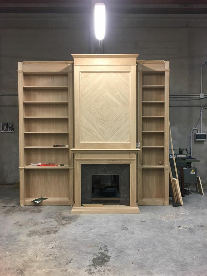 libreria boiserie con camino legnoeoltre