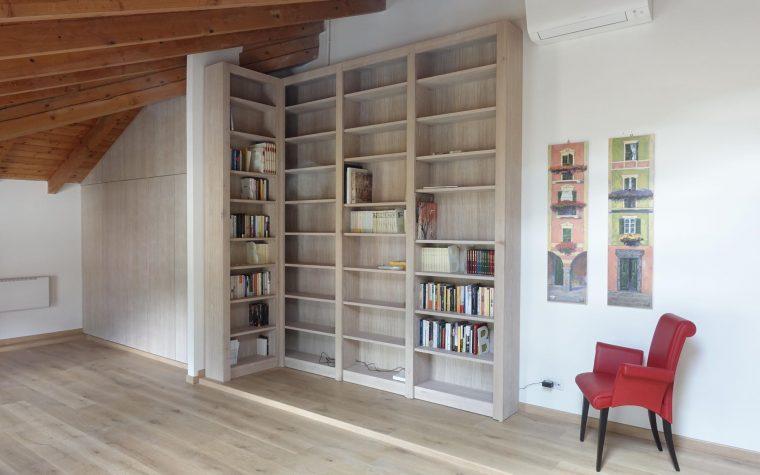 Mobili artigianali in legno mobili su misura legnoeoltre for Armadio soggiorno